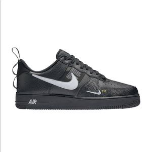 "Nike Air Force 1 Lv8 Utility ""Overbranding"""
